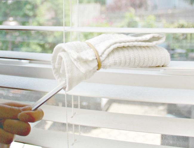 Refresh Your Blinds With A Simple Home Mixture