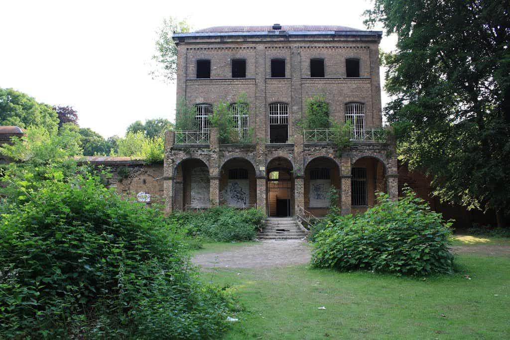 Fuhlingen House